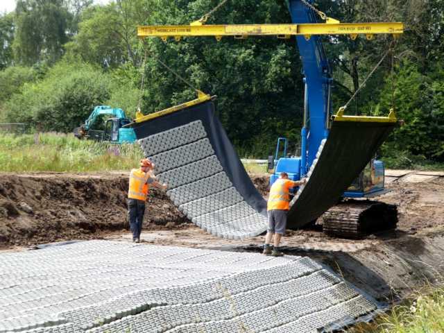 für den Fall extremer Wasserstände Überschlag in den Rodebach