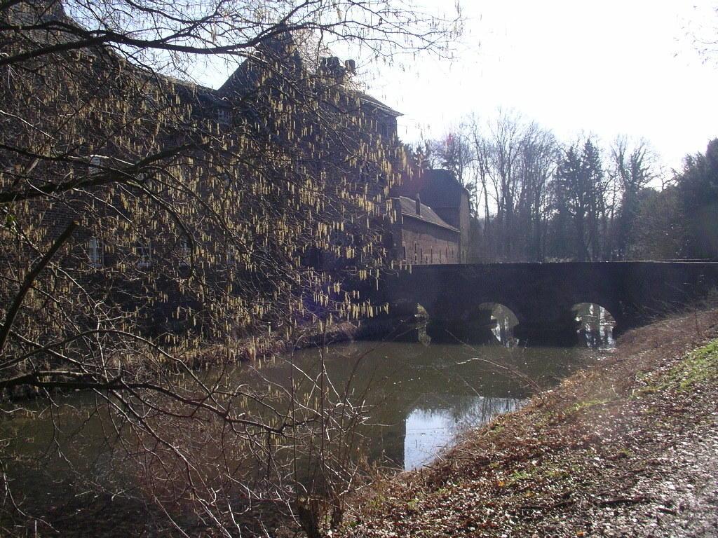 """... dem Wasserschloss """"Kellenberg"""" ..."""