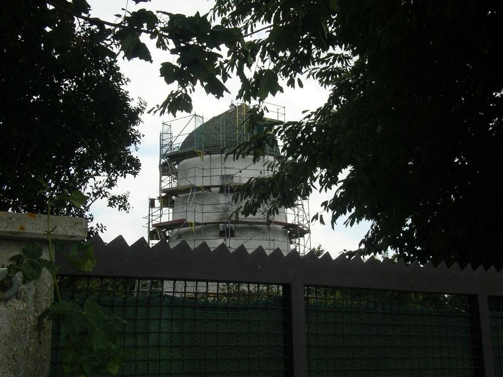 Zw. Restaurierung war die emal. Windmühle in Waldfeucht-Bocket eingerüstet.