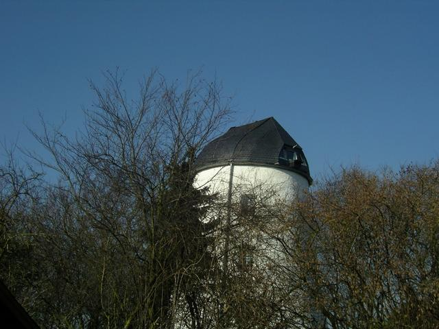 Noch erfreulicher, dass der erst im Frühjahr montierte Kasten an der restaurierten Bocketer Mühle erfolgversprechend angeflogen wird.