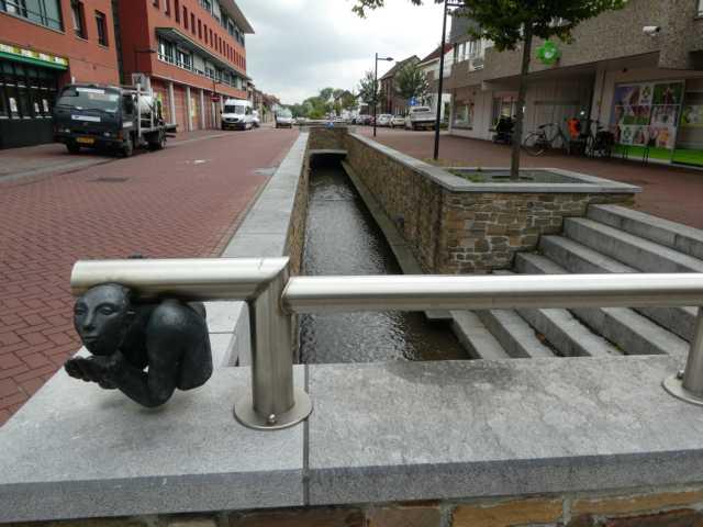 bis waterschap Roper en Overmaas gemeinsam mit der Gem. Onderbanken auf einer Länge von rd. 850 mwieder geöffnet